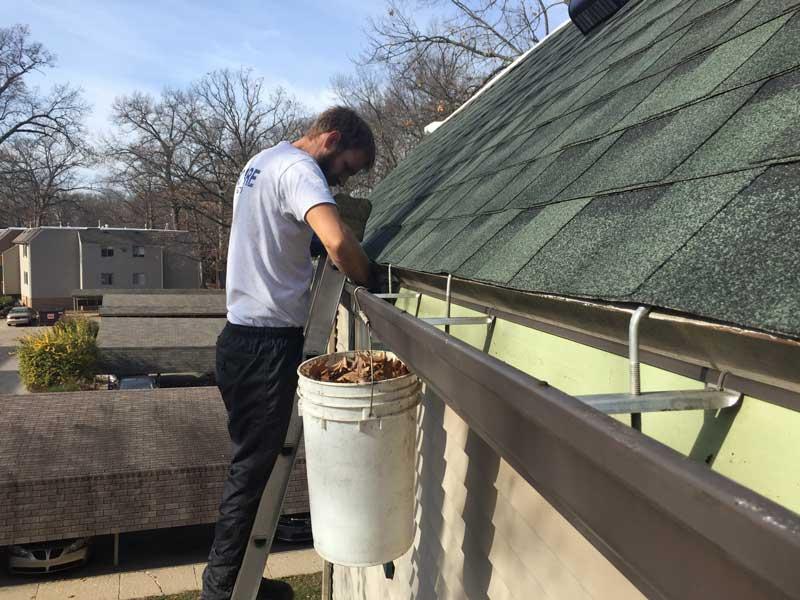 Gutter-Cleaning-Grand-Rapids-mi