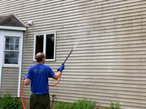 Vinyl-Exterior-Siding-House-Washing-Service-Hudsonville-MI