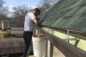 Gutter-Cleaning-Grand-Rapids-mi